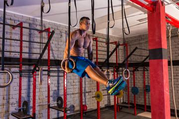 dip ring girl man muscle ups rings workout