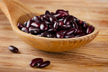 Kidney beans on  wooden table