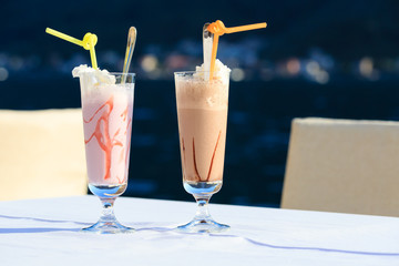 Cocktails against the sea