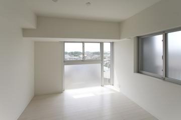 マンションの洋室イメージ シンプル家具なし