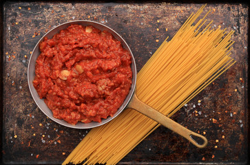 Bolognese sauce for spaghetti and other pasta