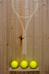 Place where it was hanging a tennis racket