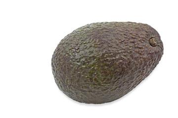 Eine reife Avocado auf weißem Hintergrund
