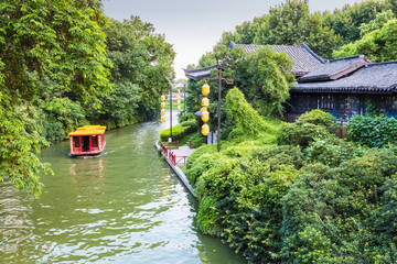 cruise boat in nanjing qinhuai river