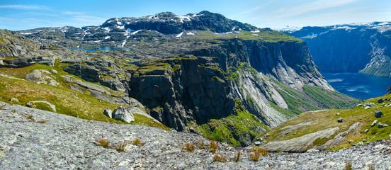 Ringedalsvatnet lake (Norway) . Panorama.