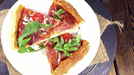 Ham Pizza with Rocket (seamless loopable)