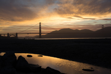 Golden Gate Bridge im Sonnenuntergang