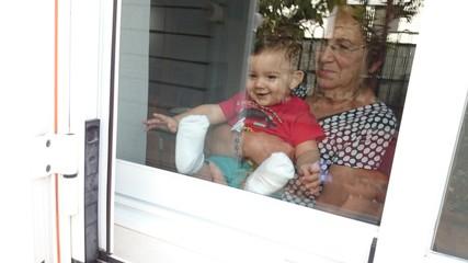 Nieto y abuela