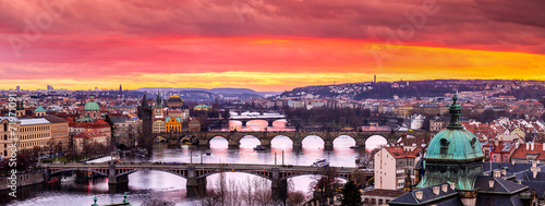 Canvas Praag Bridges in Prague over the river at sunset