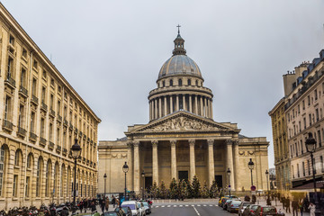 View of Pantheon from place du Pantheon