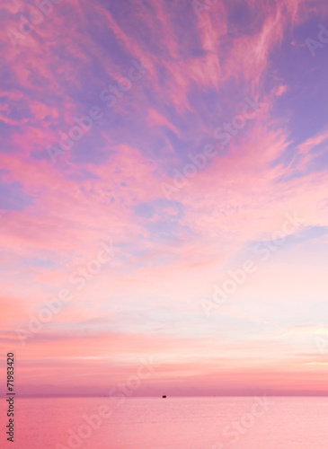 Fotobehang Zonsondergang Bright Colorful Sunrise On The Sea With Beautiful Clouds