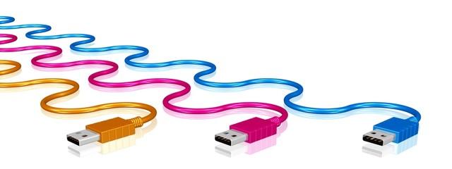 drei USB-Stecker