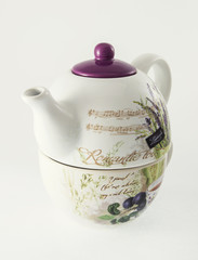 Ceramic teapot with decorative Provance motive sign
