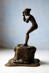 bronze statuette nyu