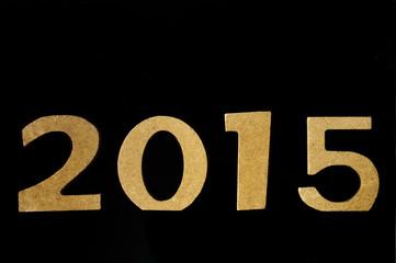 2015 carton couleur dorée fond noir