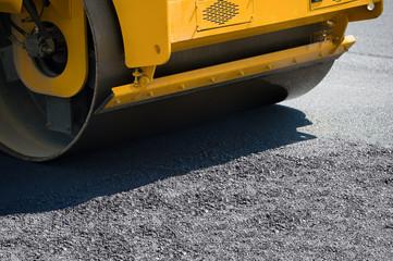 Sealing of asphalt