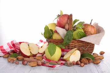 apple and nuts