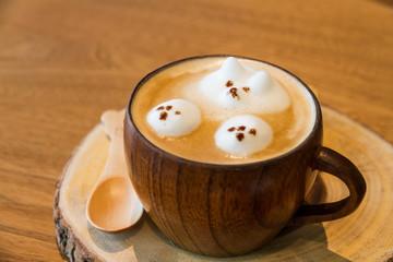latte art on coffee