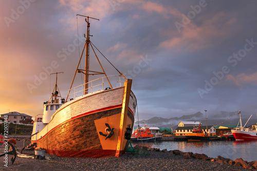 Leinwandbild Motiv Hofn harbor, Iceland