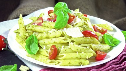 Fresh made Penne with Pesto (loopable)