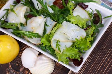 White fish / toothfish with salad
