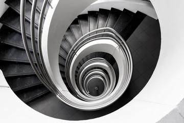Escalier à puis central