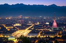 Turyn (Torino), panorama w nocy