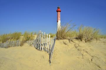 Phare de la Coubre sur dune avec barrière