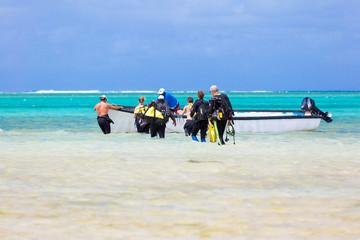 départ pour séance de plongée en mer