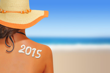 2015 written on woman's back