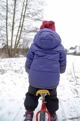 laufrad im schnee