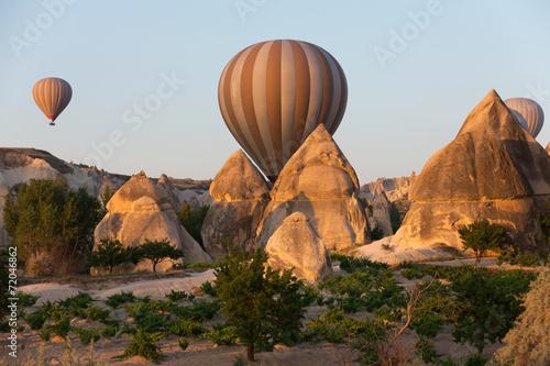In de dag Ballon Cappadocia, Turkey - the flight with the balloon at sunrise