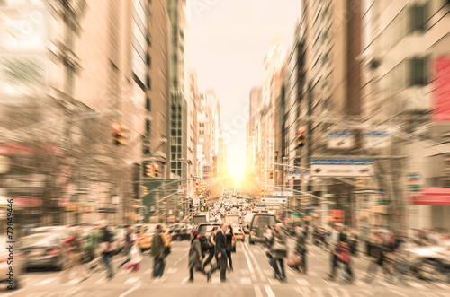 People on the street in Manhattan - New York City - 72049446