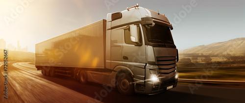 Zdjęcia na płótnie, fototapety, obrazy : Truck Panorama