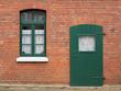 canvas print picture - Hausdetail in grün und rot