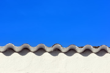 roof with ripple pattern