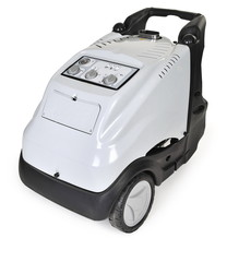 High pressure washer with hot water and steam