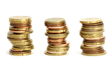 drei Stapel Münzen
