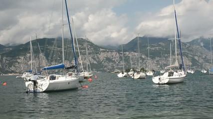 Segelboote im Gardasee