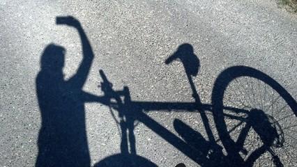 Selfie anima ciclista