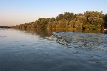 paisaje del rio ebro