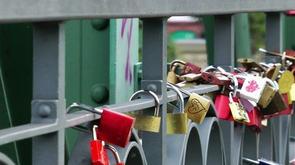 Wish Locks on the Bridge