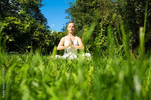 canvas print picture Meditation im Park