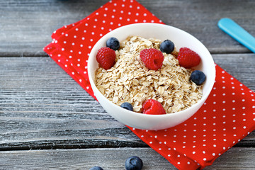cereal with raspberries and blueberries