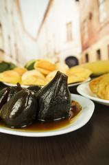 traditional ecuadorian food figs with honey higos con queso
