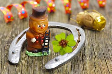 Neujahr 2015 mit Hufeisen als Talisman und Glücksbringer