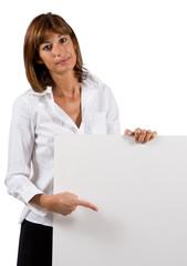 Donna con cartello pubblicitario