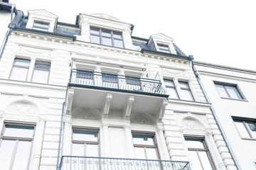 nobles Haus - heller Altbau