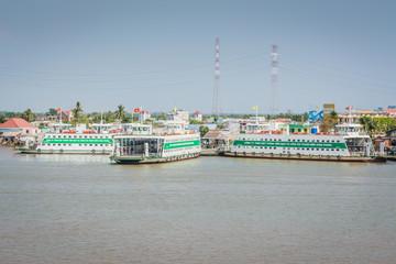 Fähren Mekong Saigon Vietnam