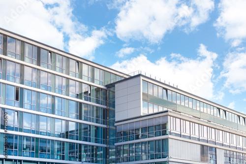 modernes Verwaltungsgebäude - Deutschland - 72115670